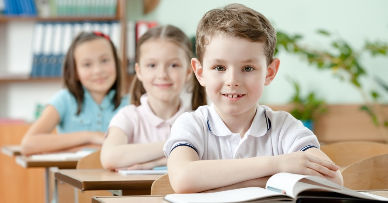 Чтобы смолоду не растерять здоровье, школьникам не обойтись без мультивитаминных препаратов